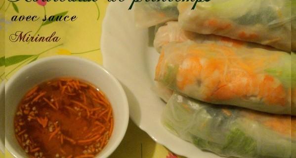 Rouleaux de printemps aux crevettes avec sauce fait maison